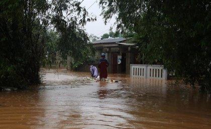 Ya son 35 los muertos y casi 60 los desaparecidos por el paso del tifón 'Molave' en Vietnam