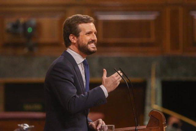 El líder del PP, Pablo Casado, interviene durante una sesión plenaria en la que el Gobierno solicita al Congreso la prórroga del estado de alarma debido a la crisis sanitaria del Covid-19, en Madrid, (España), a 29 de octubre de 2020.