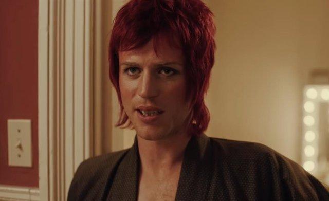 Johnny Flynn es  David Bowie, en el biopic sobre el icónico cantante 'Stardust'