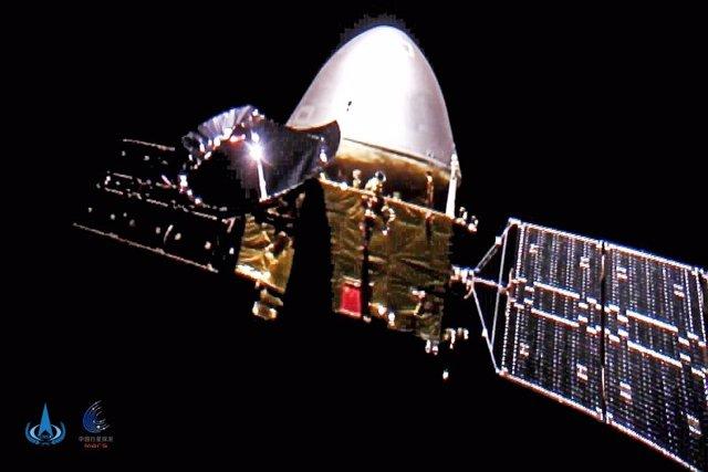 Autofoto de la sonda Tianwen 1 en el espacio profundo