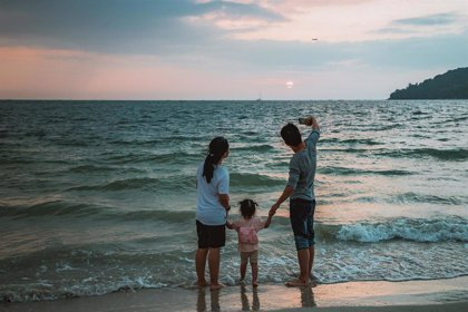 El 89% familias españolas comparte imágenes de sus hijos en Internet una vez al mes