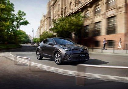 Toyota renueva el C-HR, que ya está disponible en España con nuevos sistemas de ayuda a la conducción
