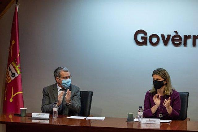 Pla mig de la síndica Maria Vergés i l'exsíndic Francés Boya el 29 d'octubre del 2020 durant el nomenament  de Vergés. (horitzontal)