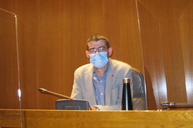 Álvaro Sanz (IU).