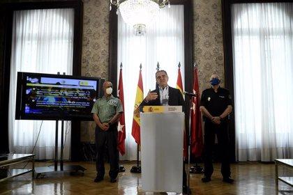 Franco tiene preparado el dispositivo policial para cerrar mañana Madrid pero duda si es legal hacerlo solo el puente