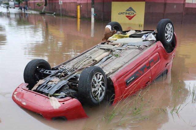 Inundaciones durante las fuertes lluvias en Brasil.