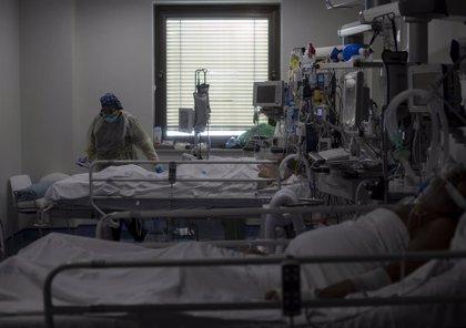 La Comunidad de Madrid notifica 2.532 casos nuevos, 1.147 en 24H, y 40 fallecidos