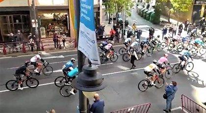 Policía Local identifica en Logroño a una mujer por poner en riesgo a los participantes de la Vuelta Ciclista a España