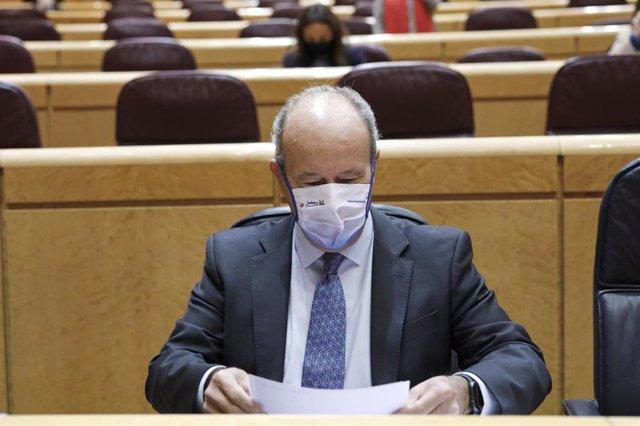 El ministro de Justicia, Juan Carlos Campo, durante una sesión de control al Gobierno en el Senado