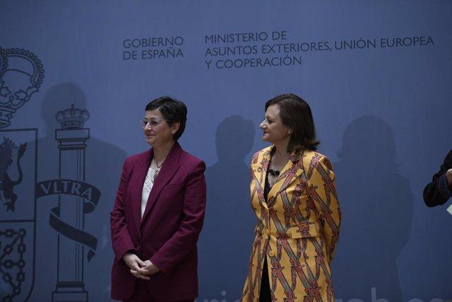 (I-D) La ministra de Asuntos Exteriores, Unión Europea y Cooperación, Arancha González Laya; y la nueva secretaria de Estado de Asuntos Exteriores y para Iberoamérica y el Caribe, Cristina Gallach, durante la toma de posesión de los secretarios de Estado