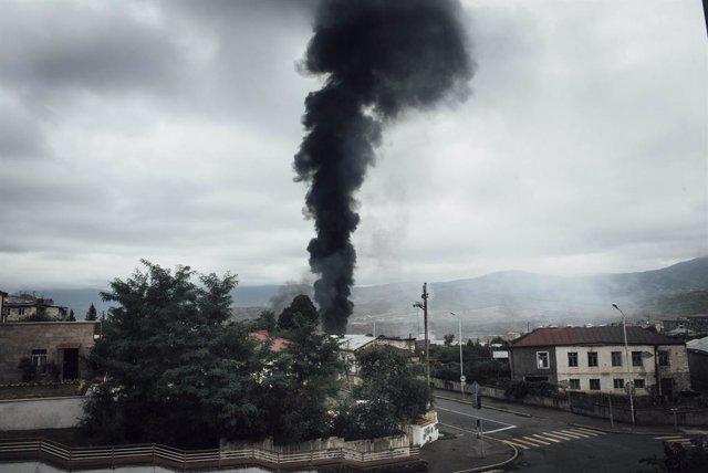 Recientes bombardeos en la región de Nagorno Karabaj con motivo del conflicto histórico por esta región entre Azerbaiyán y Armenia.