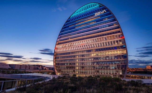 Sede de BBVA en Madrid, edificio La Vela.