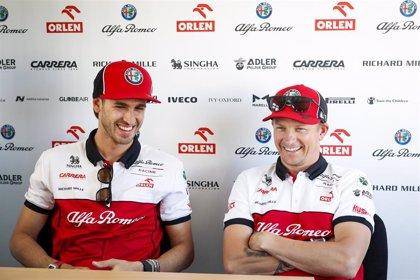 Raikkonen y Giovinazzi renuevan una temporada con Alfa Romeo