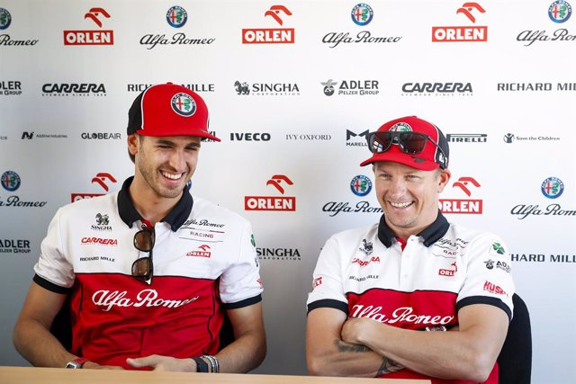 RAIKKONEN Kimi (fin), Alfa Romeo Racing ORLEN C39, GIOVINAZZI Antonio (ita), Alfa Romeo Racing ORLEN C39, portrait during the Formula 1 Pirelli British Grand Prix 2020, from July 31 to August 02, 2020 on the Silverstone Circuit, in Silverstone, United Kin