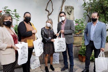 Cruz Roja recibe lotes de productos de la Matanza Tradicional del Cerdo de Espejo (Córdoba)
