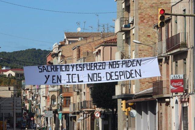 La pancarta penjada al poble de Súria. Inatge publicada el 30 d'octubre del 2020. (Horitzontal)