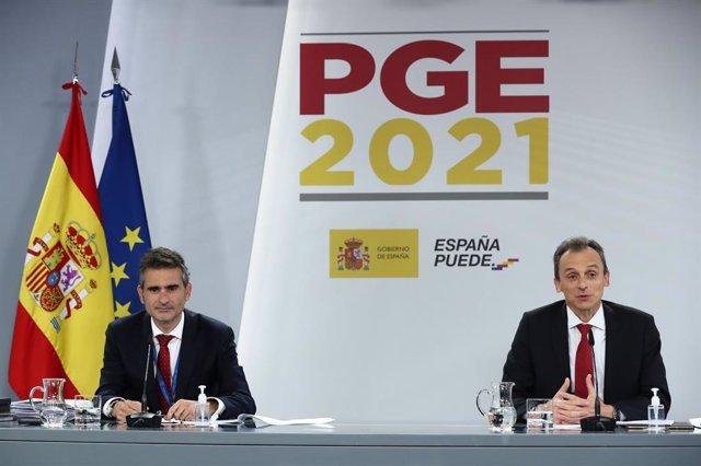 El ministro de Ciencia e Innovación, Pedro Duque, explica el contenido de los PGE para 2021 de su departamento.