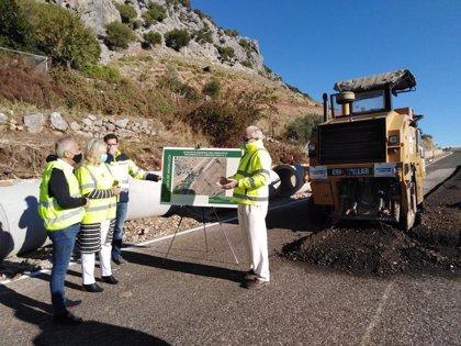 La Junta realiza obras para corregir deslizamientos en las vías A-2302 y A-2300 en la Sierra