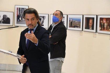 Una exposición resume en 37 fotografías los cuatro años de Presidencia de Adán Martín