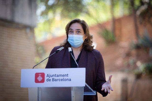 L'alcaldessa de Barcelona, Ada Colau, en roda de premsa. Barcelona, Catalunya (Espanya), 15 de octubre del 2020.