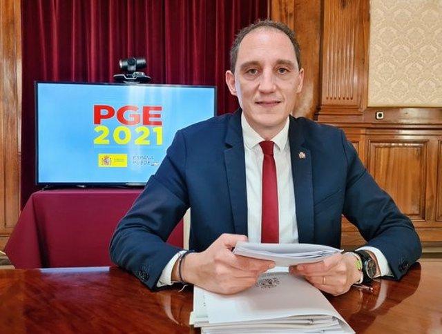 Pla mitjà del subdelegat del govern de l'Estat a Lleida, José Crespín, durant la valoració del projecte de pressupostos de l'Estat per al 2021, el 30 d'octubre del 2020. (Horitzontal)