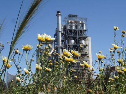 Cementos Portland renueva en su planta de Alcalá (Sevilla) la adhesión voluntaria al sistema de gestión ambiental EMAS