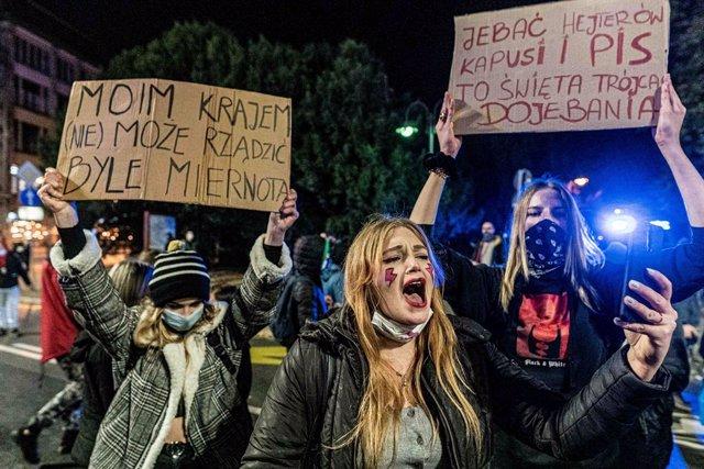 Protestes per la il·legalització de l'abort a Polònia