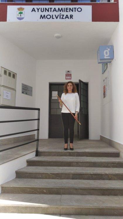 Faustina Béjar (PP), nueva alcaldesa de Molvízar (Granada) tras prosperar la moción de censura contra el PSOE