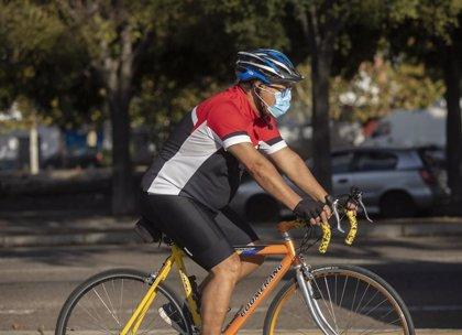Deniegan una indemnización a un ciclista caído en Mairena del Alcor por una arqueta levantada por unos patinadores