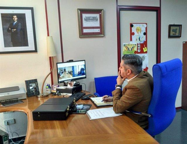 Sutil participa en la comisión del plan director para la convivencia y mejora de la seguridad en centros educativos.