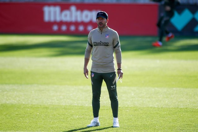 Diego Pablo Simeone, head coach of Atletico de Madrid, looks on during the team training session at Ciudad Deportiva Atletico de Madrid on October 18, 2020 in Majadahonda, Madrid, Spain.
