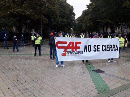 """La plantilla de Trenasa suspende la huelga y pone como """"línea roja"""" mantener todos los empleos el 31 de enero"""