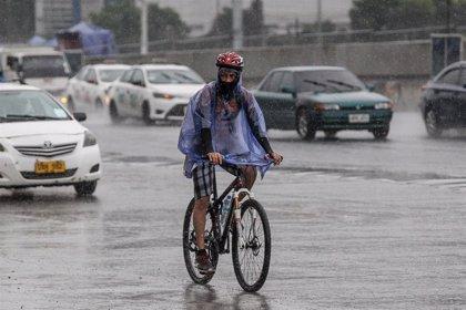 Filipinas se prepara para enfrentarse al peor tifón desde 2013 y evacúa a cientos de miles de personas