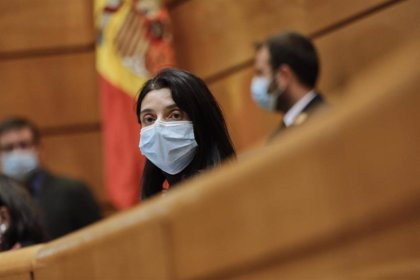"""La presidenta del Senado advierte de un """"retroceso"""" en el empoderamiento de las mujeres por la pandemia del Covid-19"""
