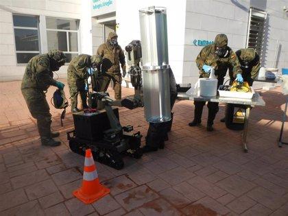 El Regimiento de Pontoneros realiza la desinfección de dos residencias en Zaragoza