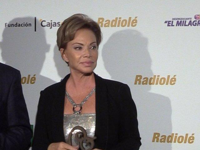 Paloma San Basilio en la VI edición de los premios Radiolé.