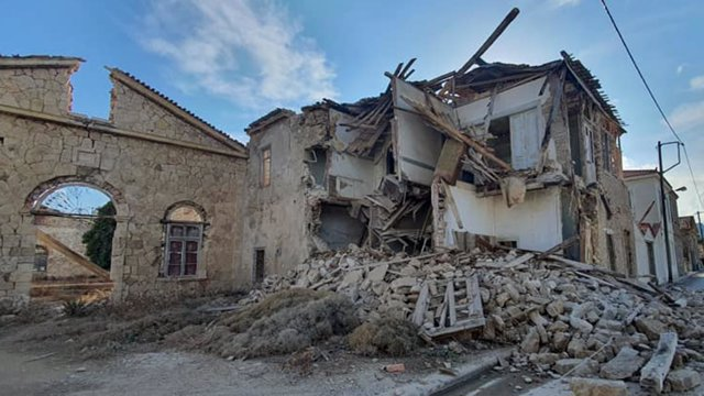 30 October 2020, Greece, Samos: The rubble of a collapsed house lies on the street after an earthquake of magnitude 6.6 hit the western part of Turkey and affected the Greek island of Samos. (Best possible quality) Photo: -/Eurokinissi via ZUMA Wire/dpa