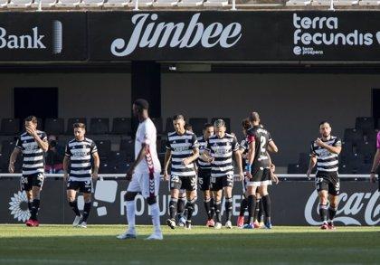 Las Palmas cae ante el Oviedo mientras Rubén Castro golea para el Cartagena