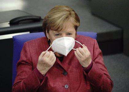 El partido de Merkel elegirá su nuevo líder en enero