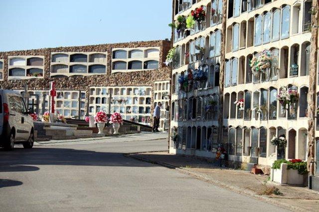 El cementiri de Montjuïc, amb poca afluència de gent per Tots Sants, l'1 de novembre del 2020 (Horitzontal).