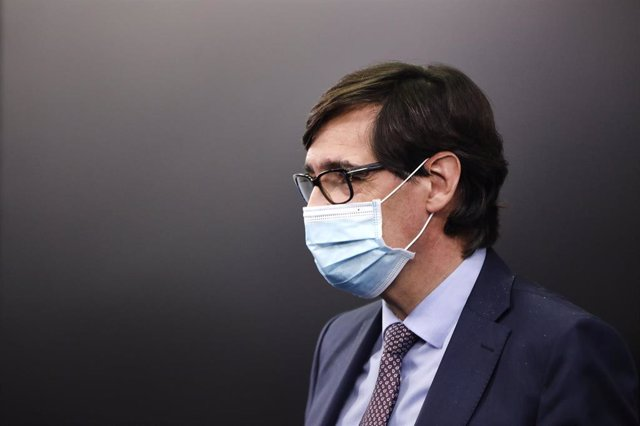 El ministro de Sanidad, Salvador Illa, en rueda de prensael pasado viernes 30 de octubre