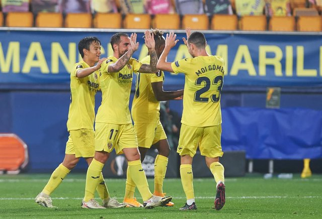 Villarreal players celebrates a goal during the Europa League Group I mach between Villarreal and Sivasspor at Estadio de la Ceramica, on October 22, 2020 in Vila-real Spain