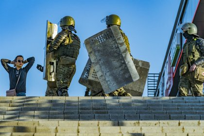 Bielorússia.- La Policia bielorusa dispara a l'aire per dissoldre una nova protesta contra Lukaixenko