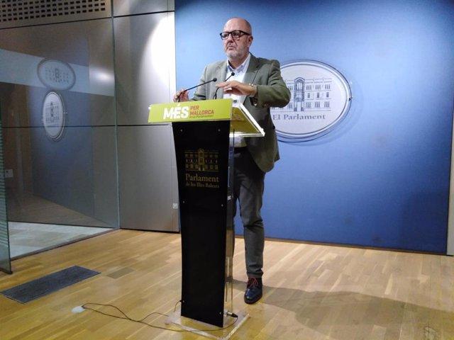 El portavoz de MÉS per Mallorca en el Parlament de Baleares, Miquel Enseyat.