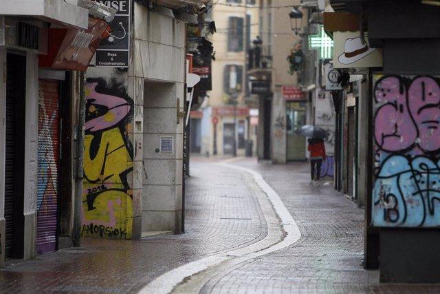 Calle Sindicato vacía el 16 de marzo de 2020.