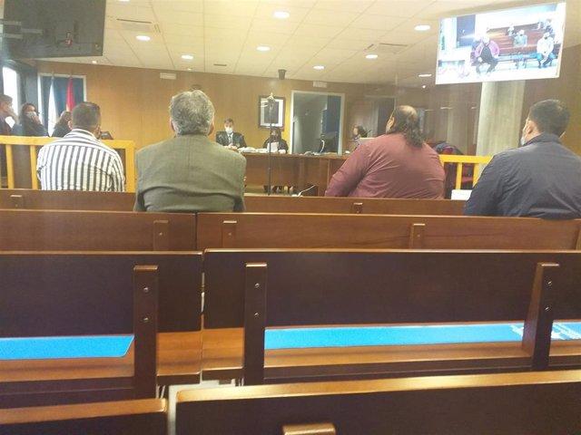Juicio a Marino G.J. (hermano de Sinaí Giménez) y otros acusados por intentar robar cocaína a un grupo arousano, con la colaboración de un guardia civil.