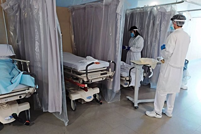 Pla general del servei d'Urgències de l'hospital de Figueres aquest 2 de novembre del 2020. (Horitzontal)