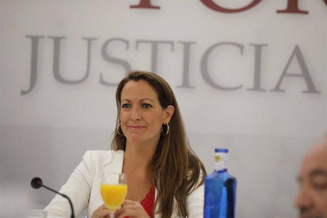 La decana del Colegio de la Abogacía de Barcelona (ICAB), Mª Eugènia Gay, en el Desayuno del Foro de Justicia ICAM (Colegio de la Abogacía de Madrid), en Madrid (España) a 12 de septiembre de 2019.