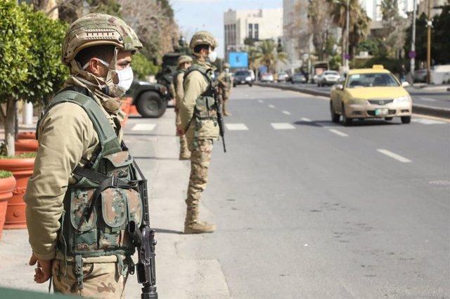Soldados de Jordania durante la pandemia de coronavirus