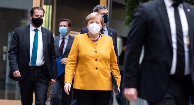 Angela Merkel, a su llegada a una conferencia de prensa en Berlín